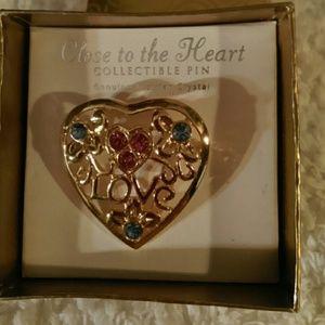 Gold & Gemstone Fillagree Heart Pin Broach